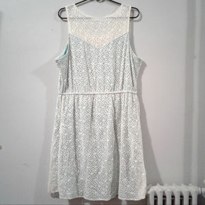 Maurices Sleeveless White Lace Dress Size 2